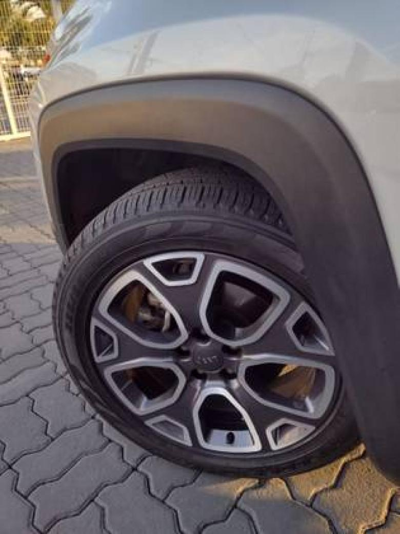 JEEP Renegade 1.8 16V 4P FLEX LONGITUDE AUTOMÁTICO, Foto 4