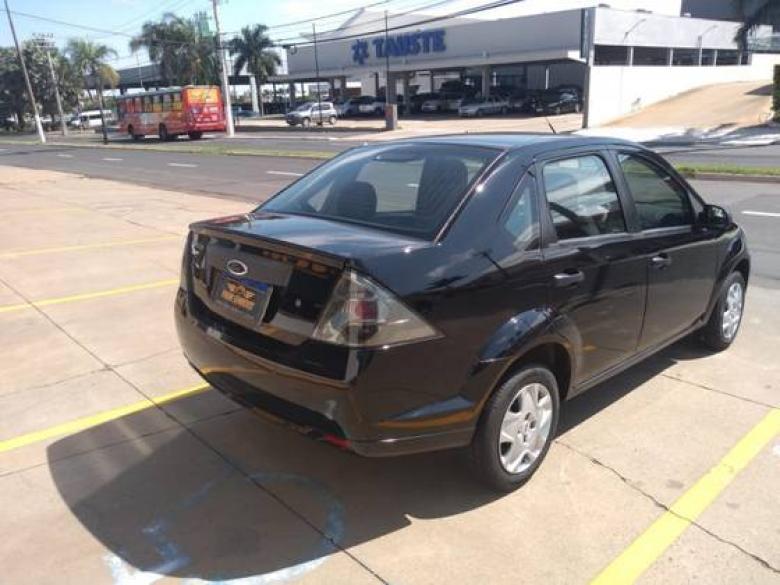 FORD Fiesta Sedan 1.0 4P, Foto 8