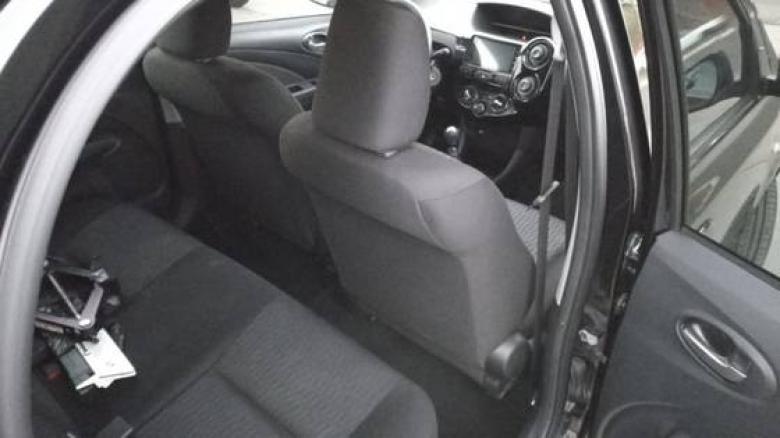 TOYOTA Etios Sedan 1.3 16V 4P FLEX X, Foto 8