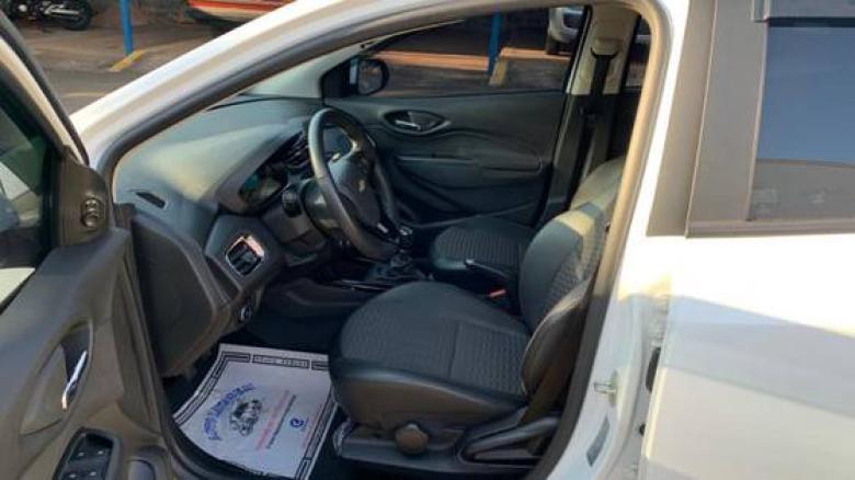 CHEVROLET Onix Hatch 1.4 4P FLEX LTZ, Foto 4