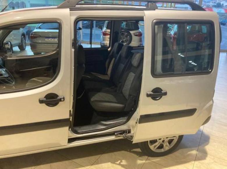 FIAT Doblo 1.8 16V 4P FLEX ESSENCE 7 LUGARES, Foto 14