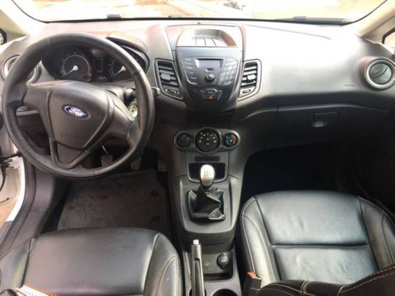 FORD Fiesta Hatch 1.5 16V 4P S FLEX, Foto 3