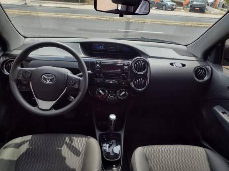 TOYOTA Etios Sedan 1.5 16V 4P FLEX X AUTOMÁTICO, Foto 4