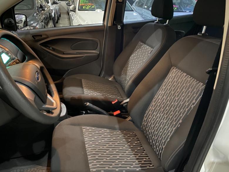 FORD Ka + Sedan 1.5 12V 4P TI-VCT SE FLEX, Foto 8