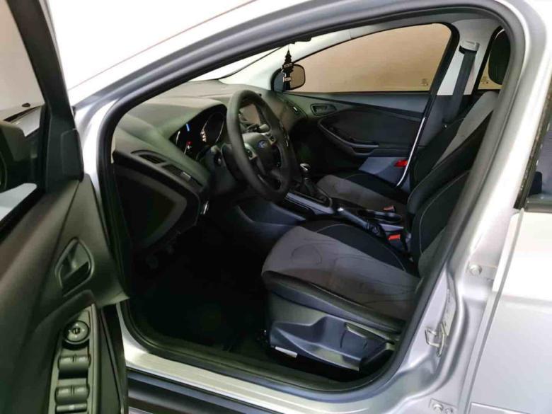 FORD Focus Hatch 1.6 16V 4P FLEX S, Foto 3