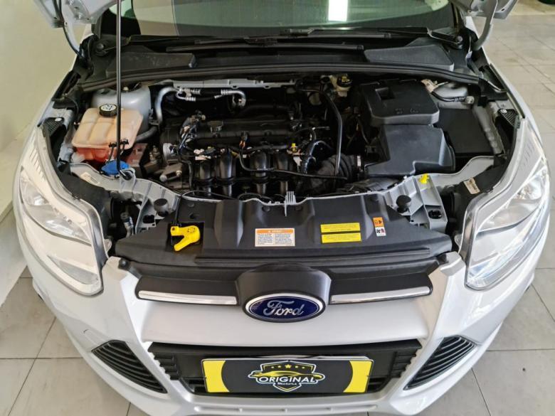 FORD Focus Hatch 1.6 16V 4P FLEX S, Foto 9