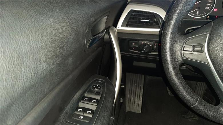 BMW 118I 1.6 16V TURBO AUTOMÁTICO, Foto 8