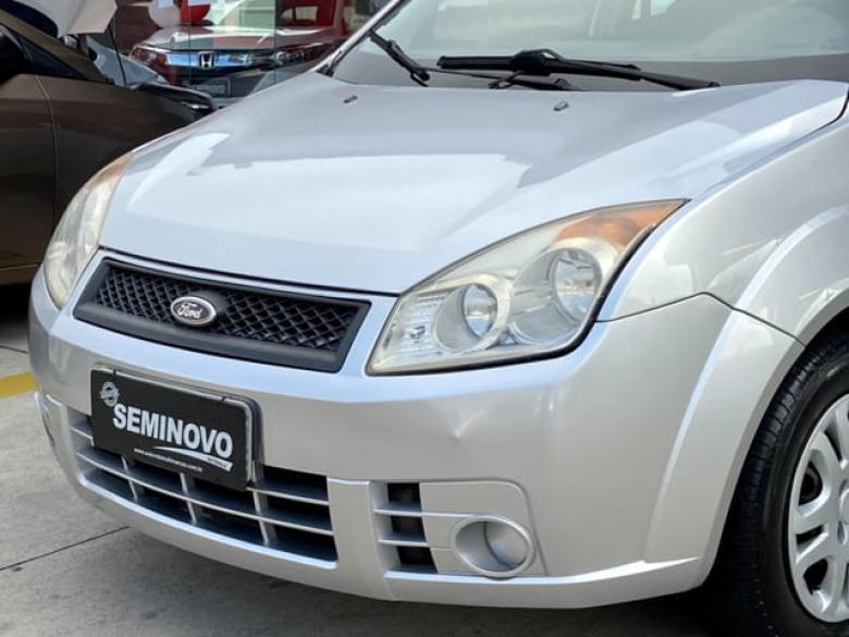 FORD Fiesta Hatch 1.6 4P FLEX, Foto 3