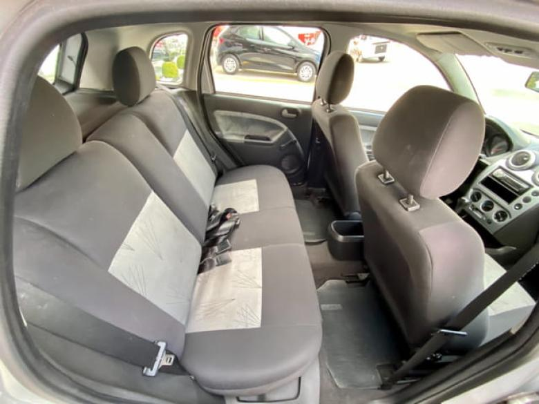 FORD Fiesta Hatch 1.6 4P FLEX, Foto 21