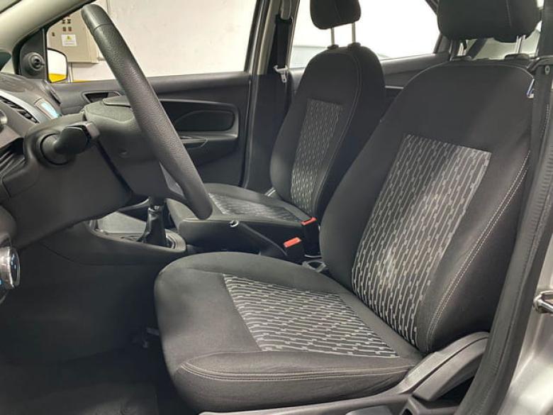 FORD Ka + Sedan 1.5 12V 4P TI-VCT SE SIGMA FLEX, Foto 10