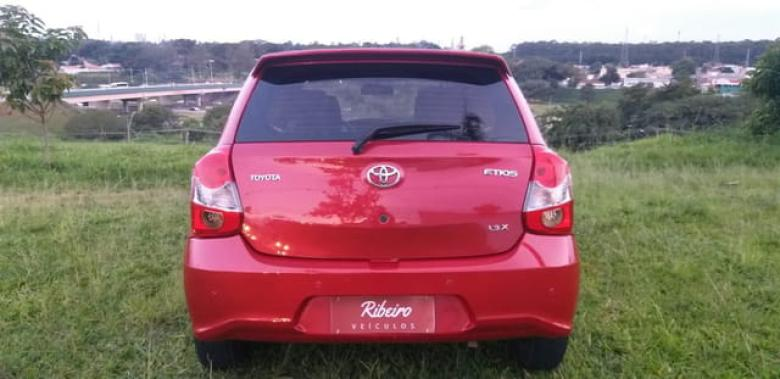 TOYOTA Etios Hatch 1.3 16V 4P FLEX X, Foto 5