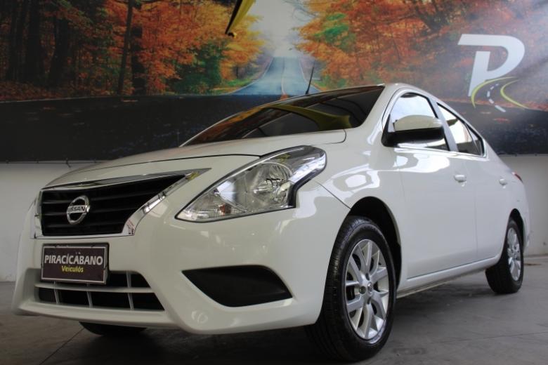 NISSAN Versa Sedan , Foto 12