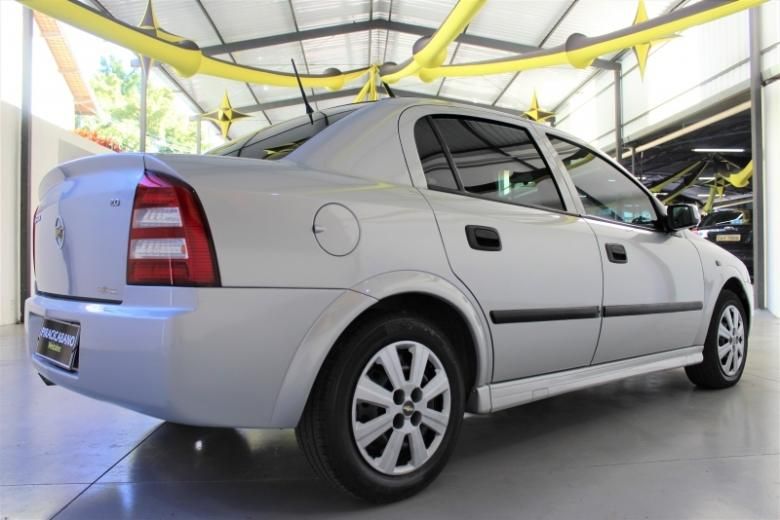 CHEVROLET Astra Sedan , Foto 2