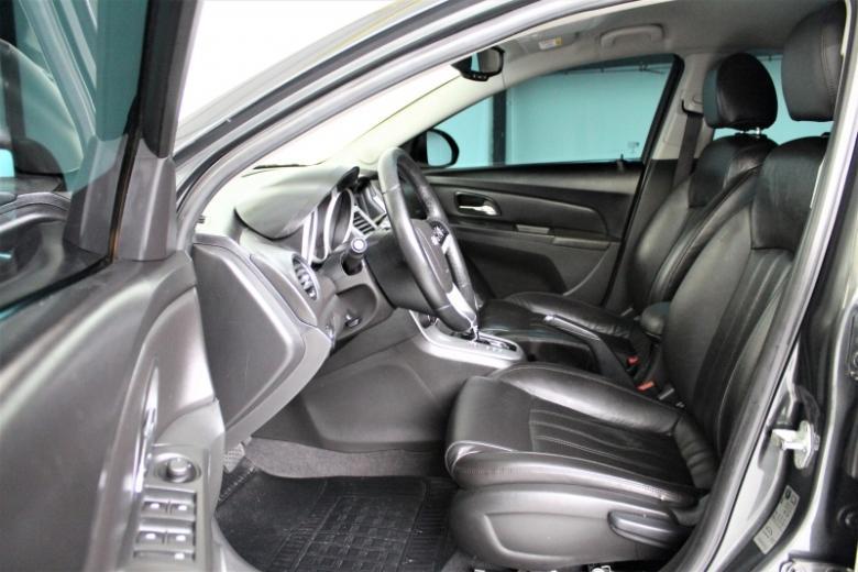 CHEVROLET Cruze Hatch 1.8 16V 4P LT SPORT FLEX AUTOMÁTICO, Foto 3