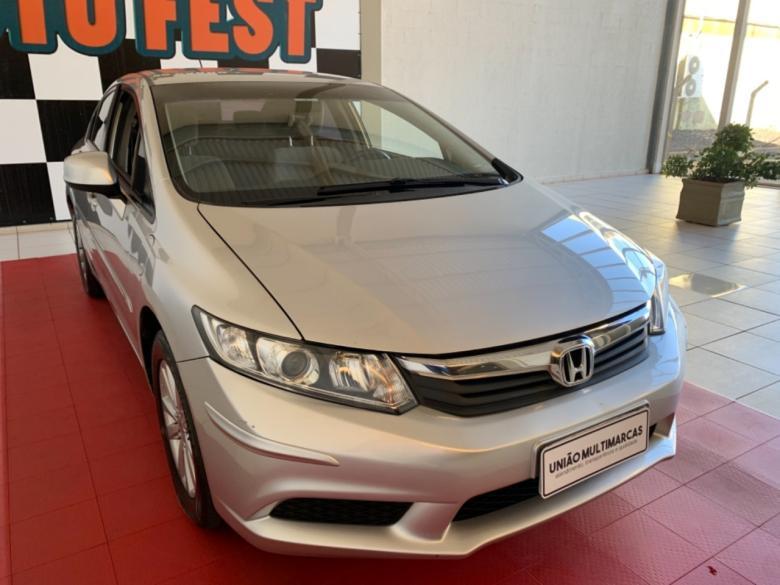 HONDA Civic 1.8 16V 4P FLEX LXS AUTOMÁTICO, Foto 3