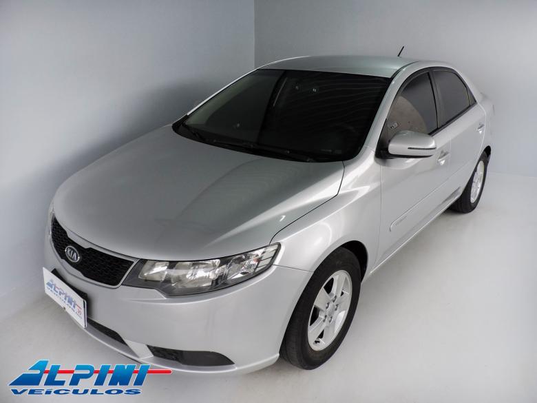 KIA Cerato Sedan , Foto 1