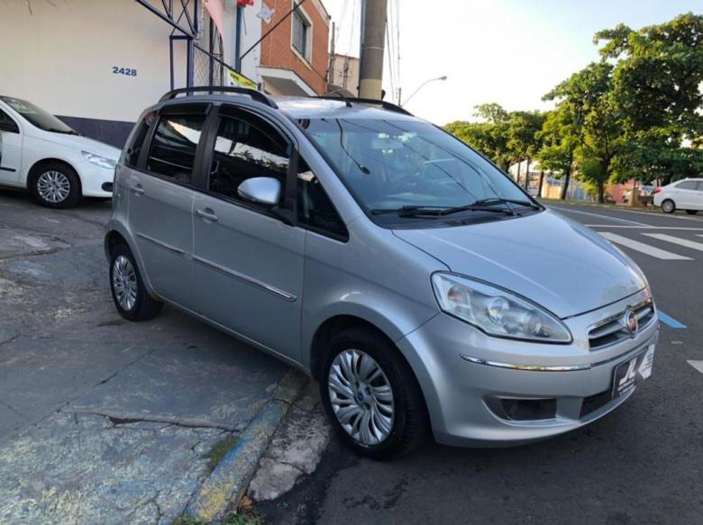 FIAT Idea 1.6 16V 4P ESSENCE FLEX, Foto 2