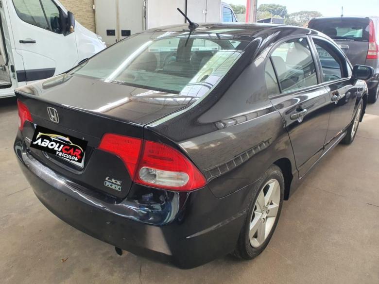 HONDA Civic 1.8 16V 4P LXS AUTOMÁTICO, Foto 3