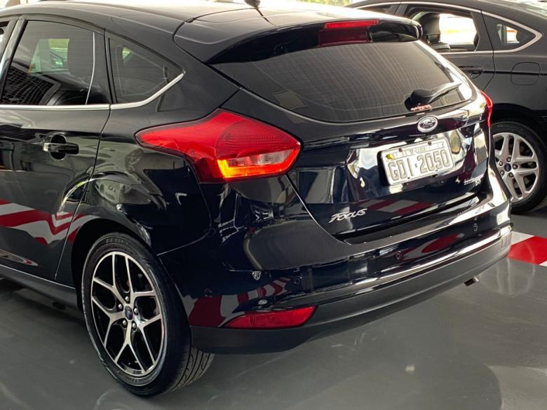 FORD Focus Hatch 2.0 16V 4P TITANIUM PLUS FLEX, Foto 9