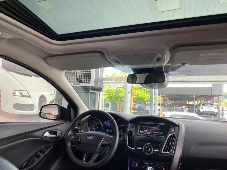 FORD Focus Hatch 2.0 16V 4P TITANIUM PLUS FLEX, Foto 13