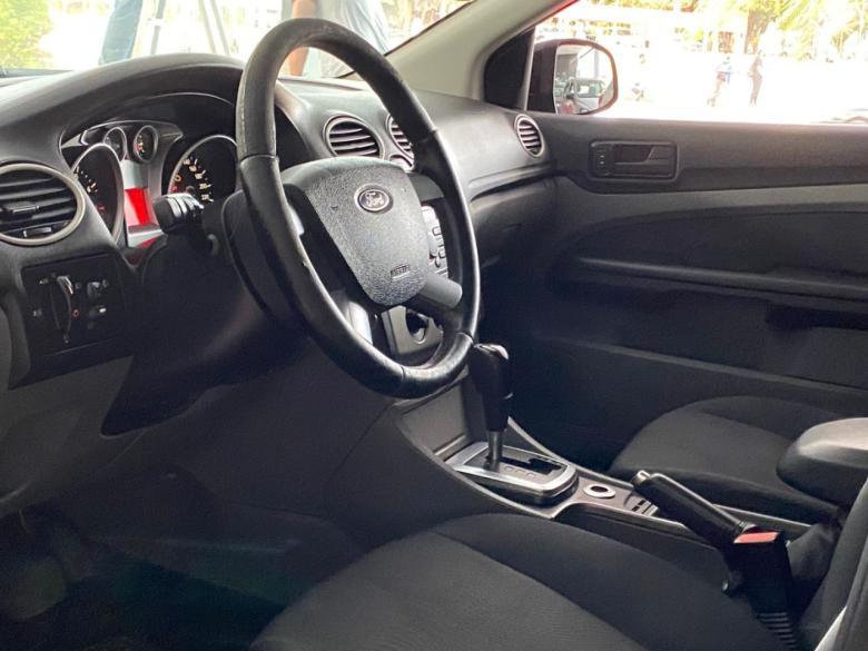 FORD Focus Hatch 2.0 16V 4P FLEX AUTOMÁTICO, Foto 12