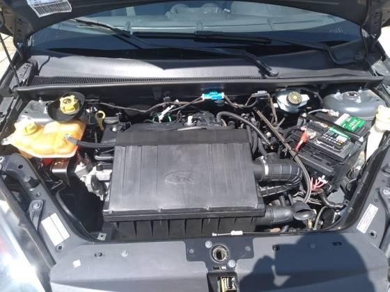 FORD Fiesta Sedan 1.0 4P, Foto 3