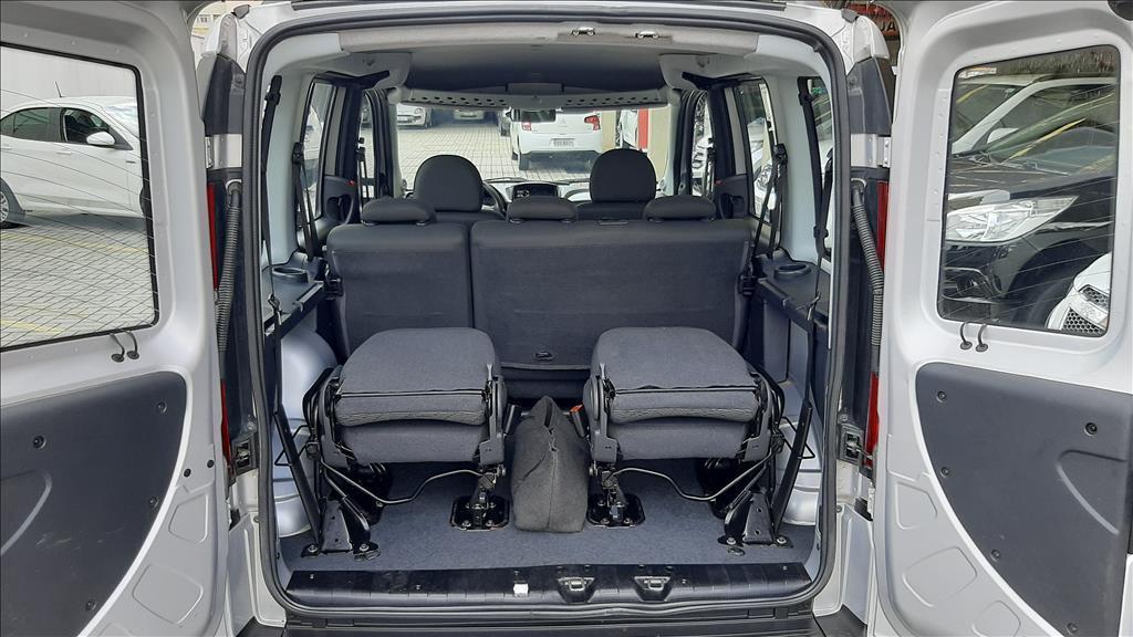 FIAT Doblo 1.8 16V 4P FLEX ESSENCE, Foto 8
