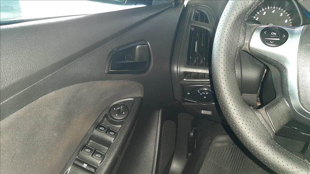 FORD Focus Hatch 1.6 16V 4P FLEX S, Foto 10