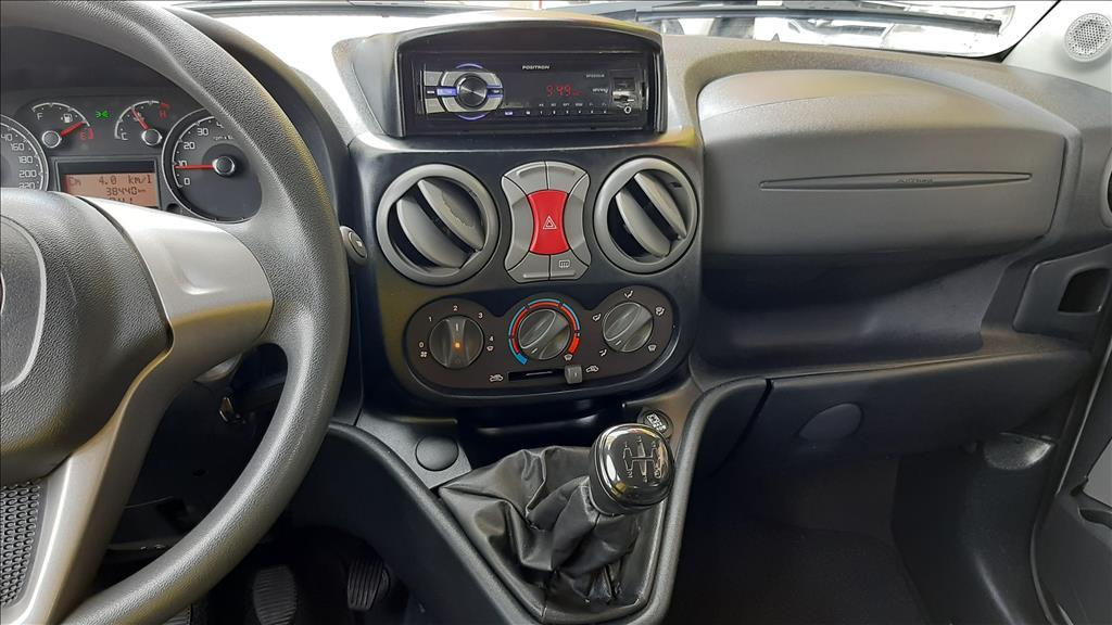 FIAT Doblo 1.8 16V 4P FLEX ESSENCE, Foto 6