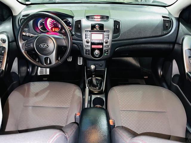 KIA Cerato Sedan 1.6 16V 4P SX3, Foto 3