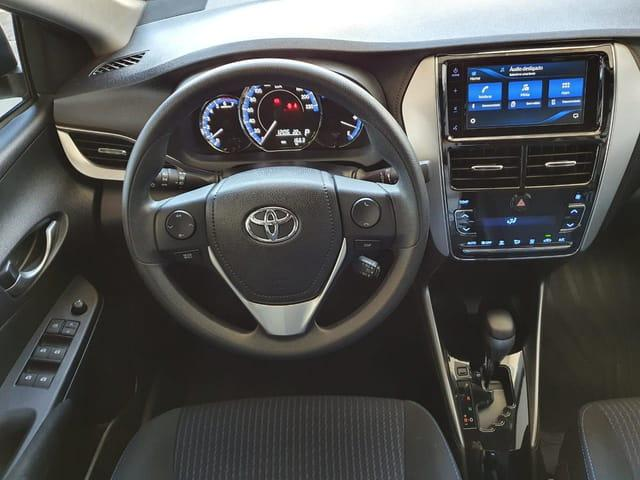 TOYOTA Yaris Sedan 1.5 16V 4P FLEX XL PLUS TECH MULTIDRIVE AUTOMÁTICO CVT, Foto 6
