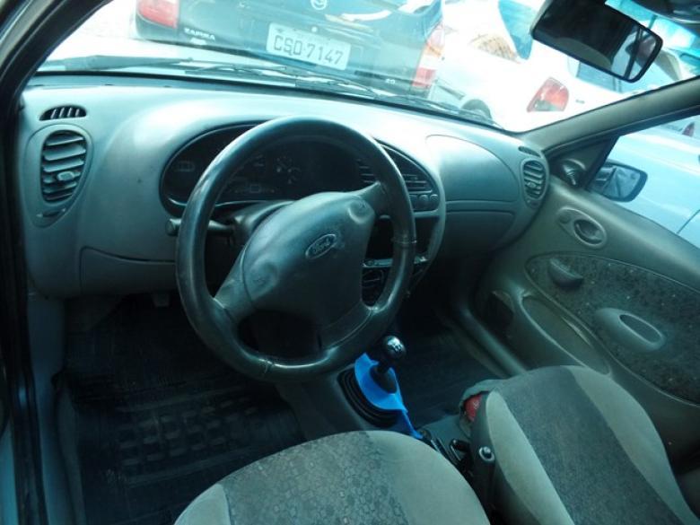 FORD Fiesta Hatch 1.0 4P GL , Foto 2