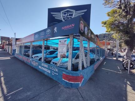Ouro Preto Veículos - Poços de Caldas/MG